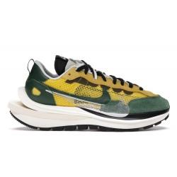 Nike Vaporwaffle sacai Tour...