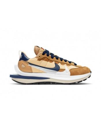 Nike Vaporwaffle sacai...